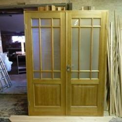 Koka divviru durvis