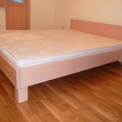 Lamināta gultas ingatavo Krasts-R galdniecība